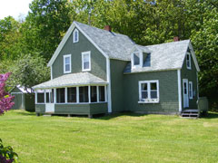 South Harbour Hideaway Summer House/cottage nightly/weekly rates.